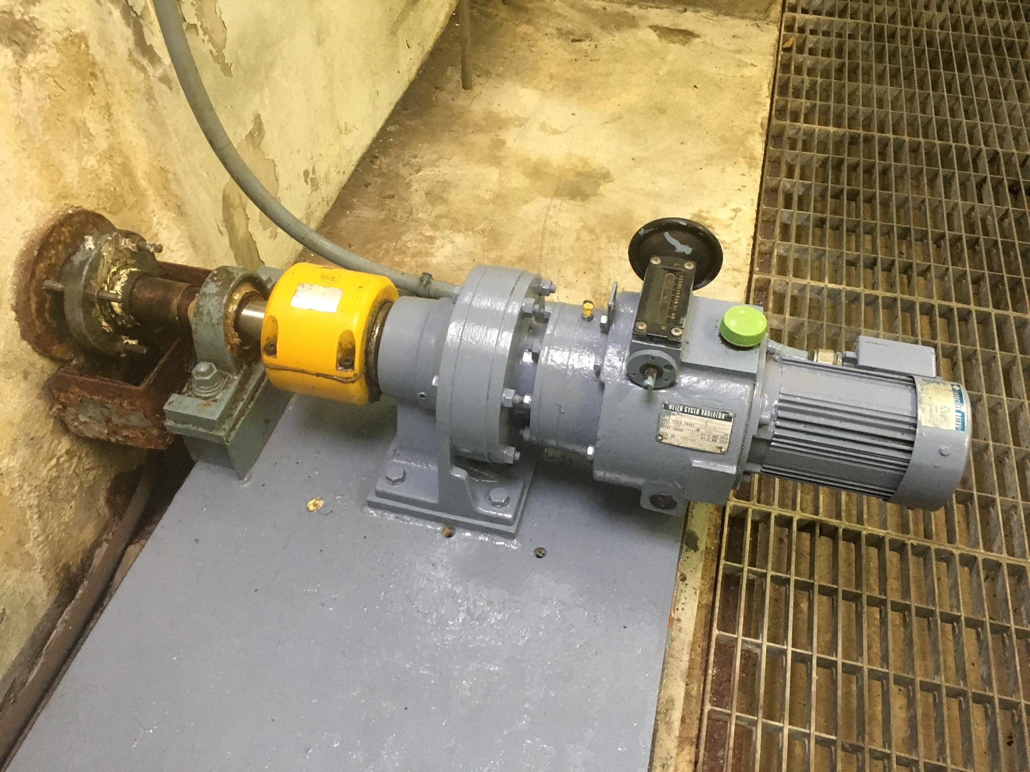 水処理施設攪拌機用軸封部改造事例