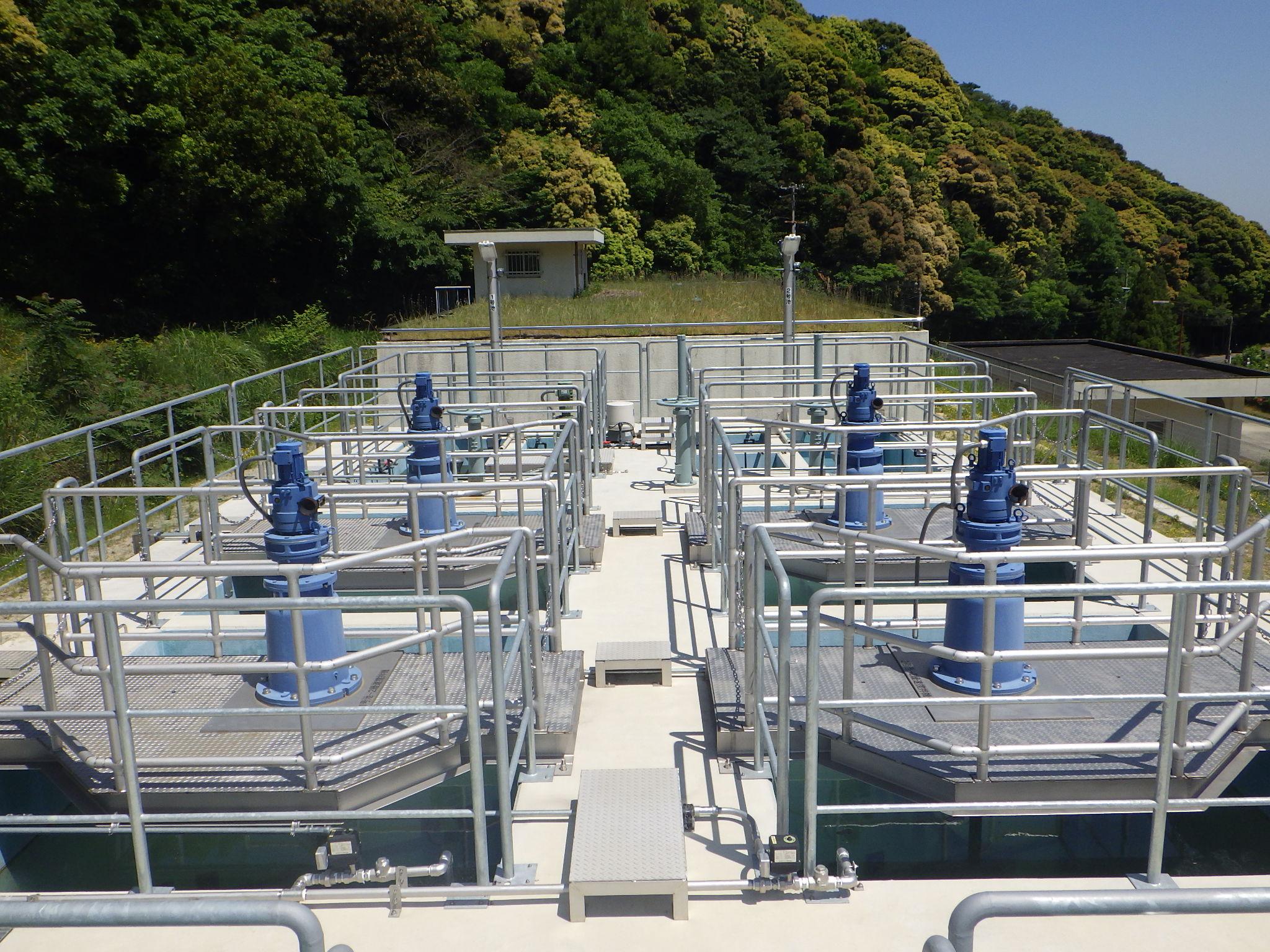浄水場向け 急速・緩速攪拌装置一式の設計・製作・据付を行いました。